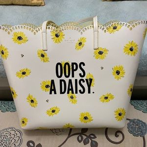 Kate Spade Oops A Daisy Tote Bag